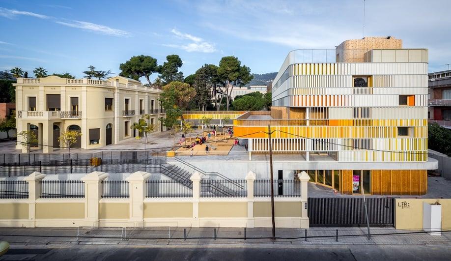 Retour à L'École: A Barcelona French School Gets a Contemporary Classmate