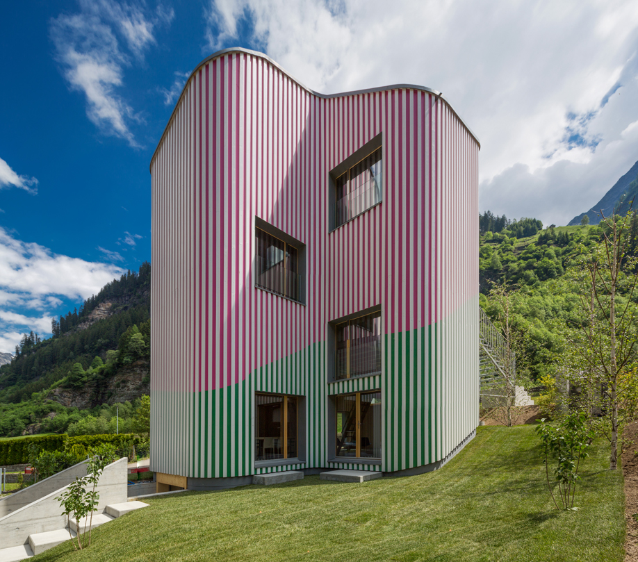 Candy striped design: Swisshouse Rossa