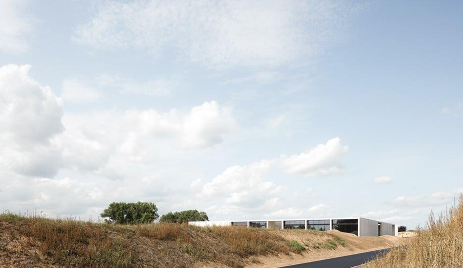 KAAN Architecten's modernist Crematorium Siesegem, viewed from a distance