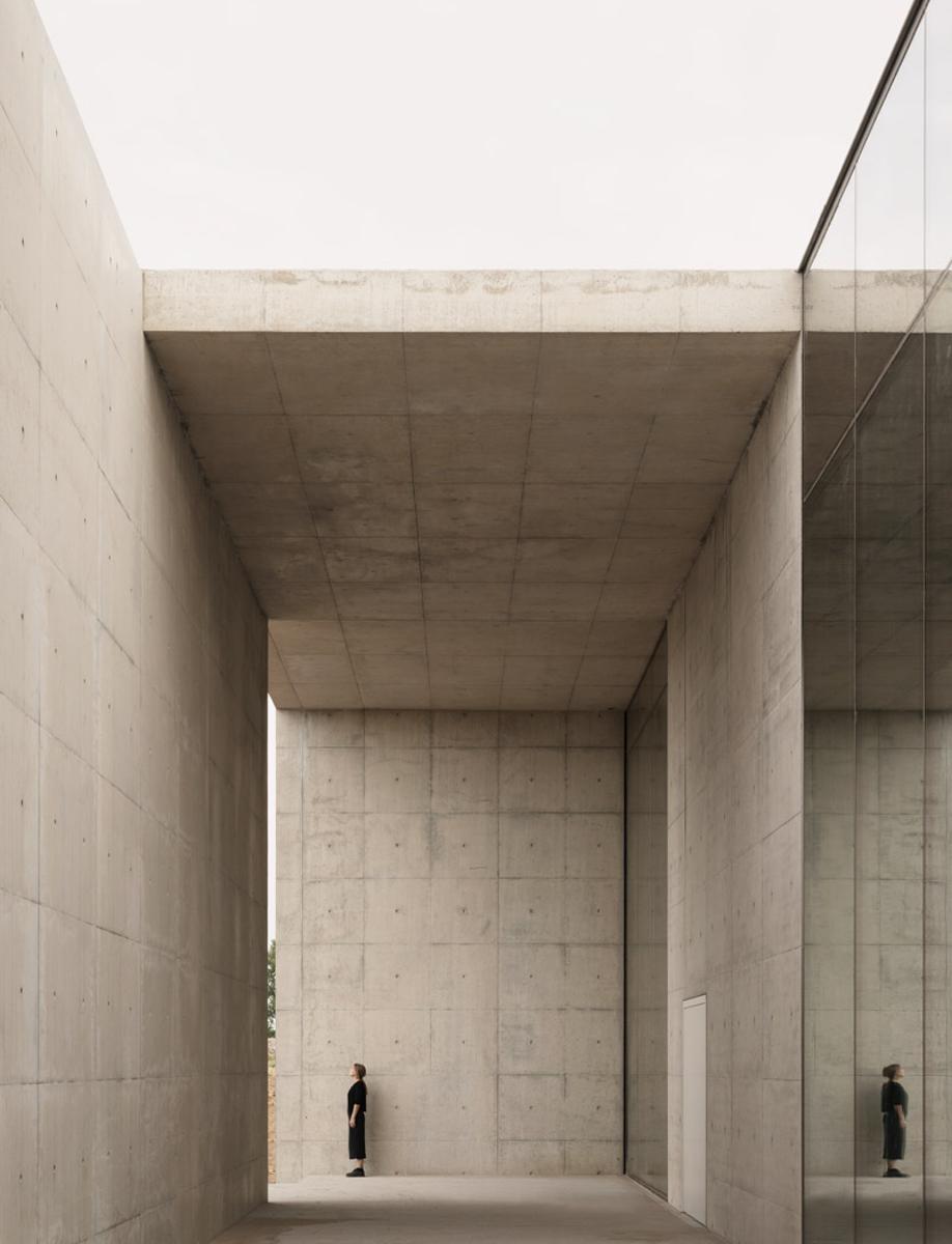 The entrance to KAAN Architecten's modernist Crematorium Siesegem