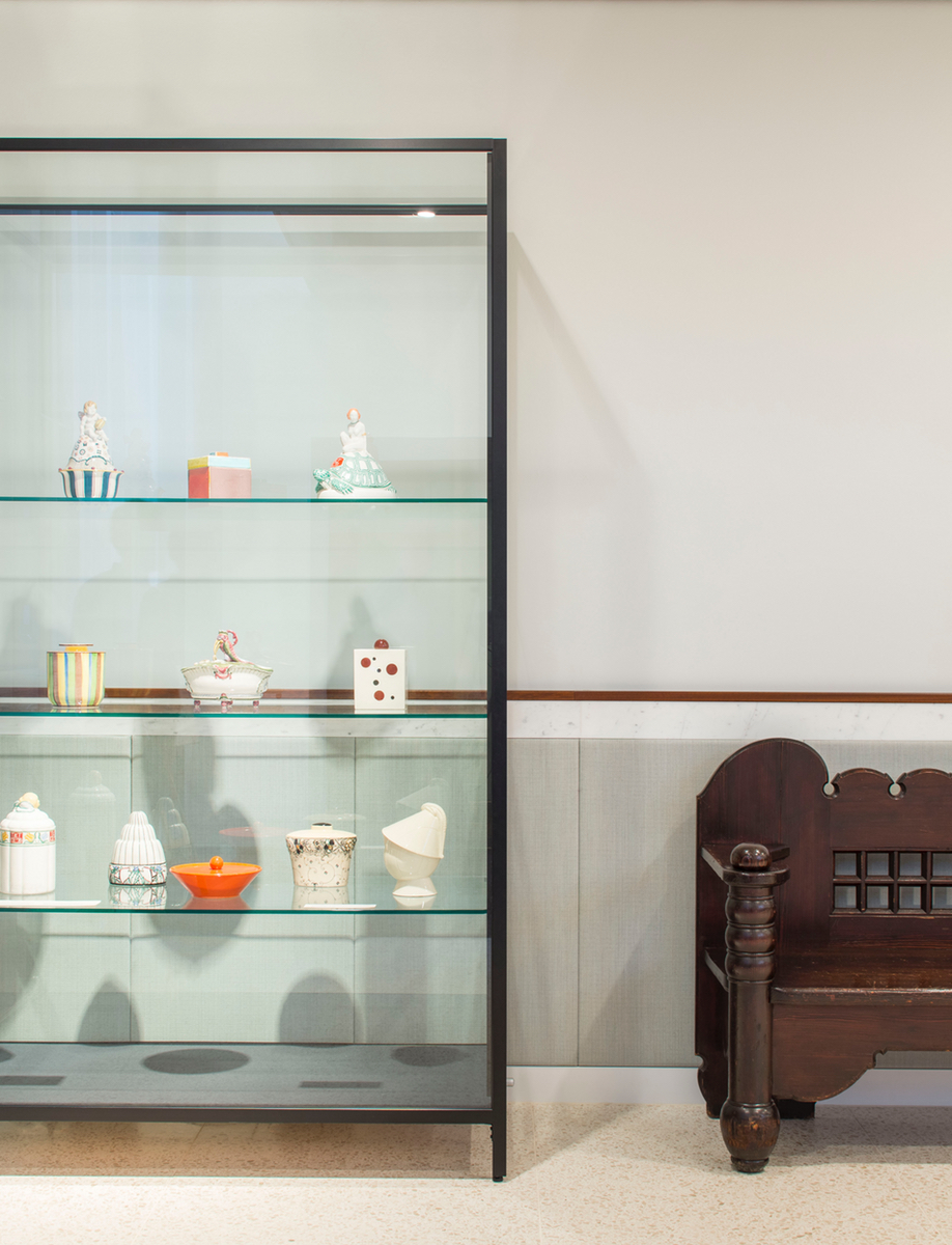 A display case at the Bahlsen headquarters, designed by Freehaus