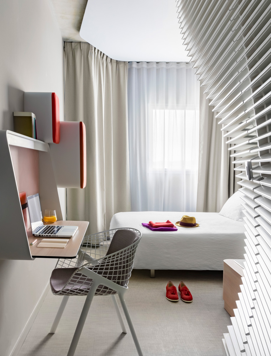 A bedroom in Patrick Norguet's Okko Hotel Design