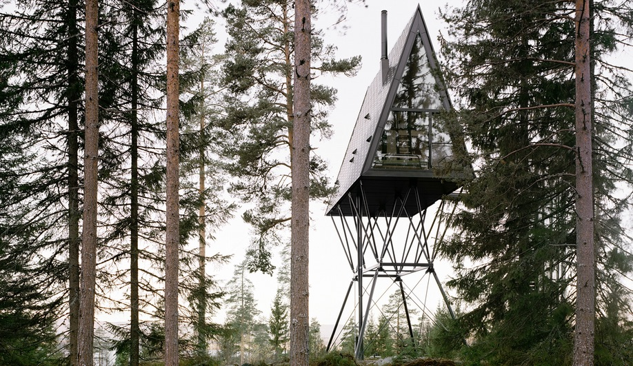 These Treetop Cabins Offer a Cozy Retreat in the Norwegian Forest