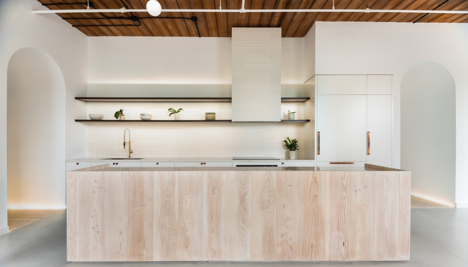 For a Toronto Loft Reno, StudioAC Supplies Serenity over Rawness