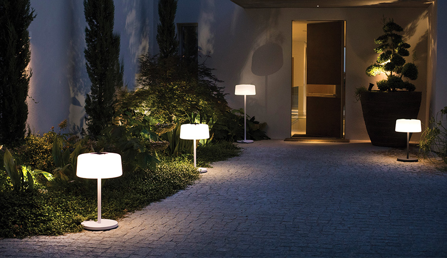 Melo Lamp by Les Jardins Solar Lighting