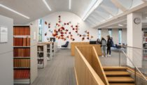 ARO Thoughtfully Updates a School Library in New York
