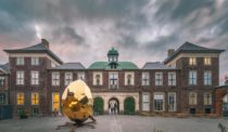 A Big Hit in Europe, Sweden's Solar Egg Lands in North America