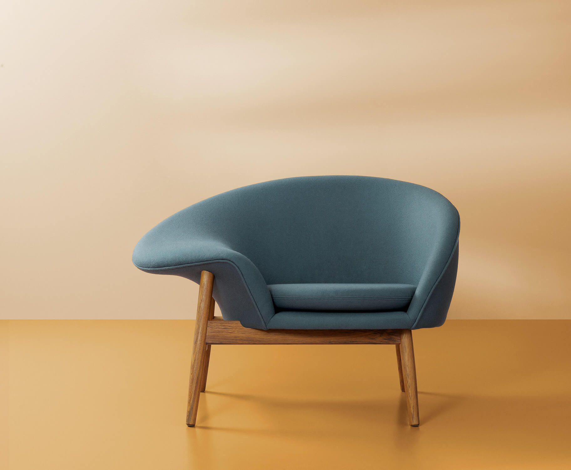 Reintroducing The Fried Egg Chair Azure Magazine Azure Magazine