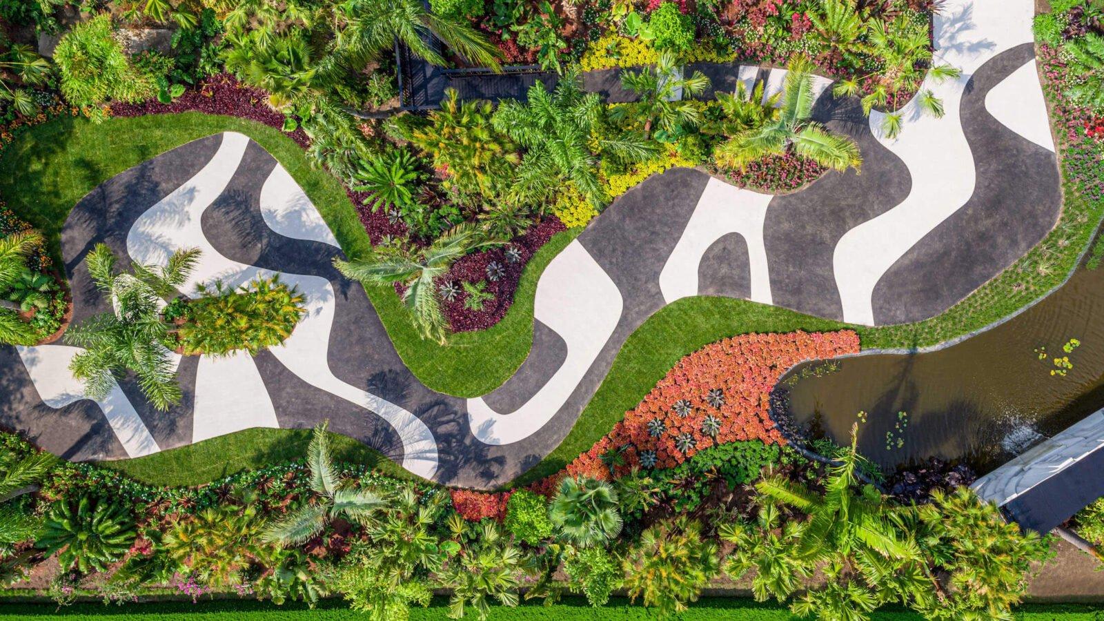 Roberto Burle Marx, Living Art, aerial view of the New York Botanical Garden exhibition