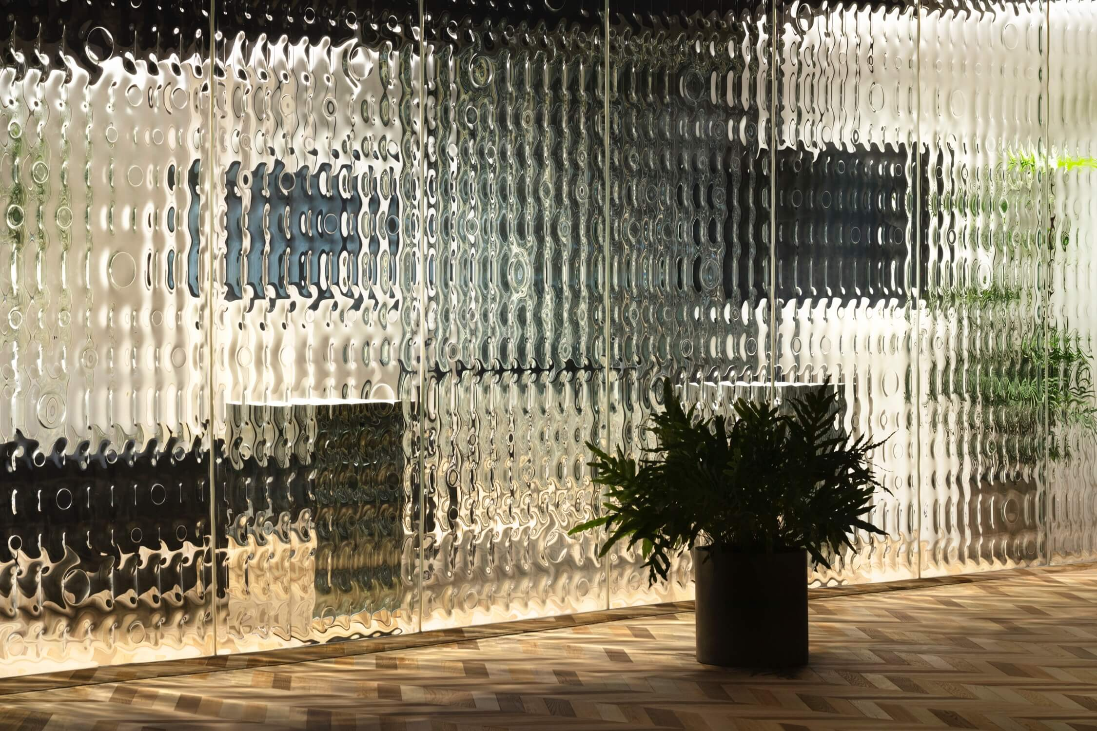 A close-up of the ripple effect at Nendo McKinsey Tokyo