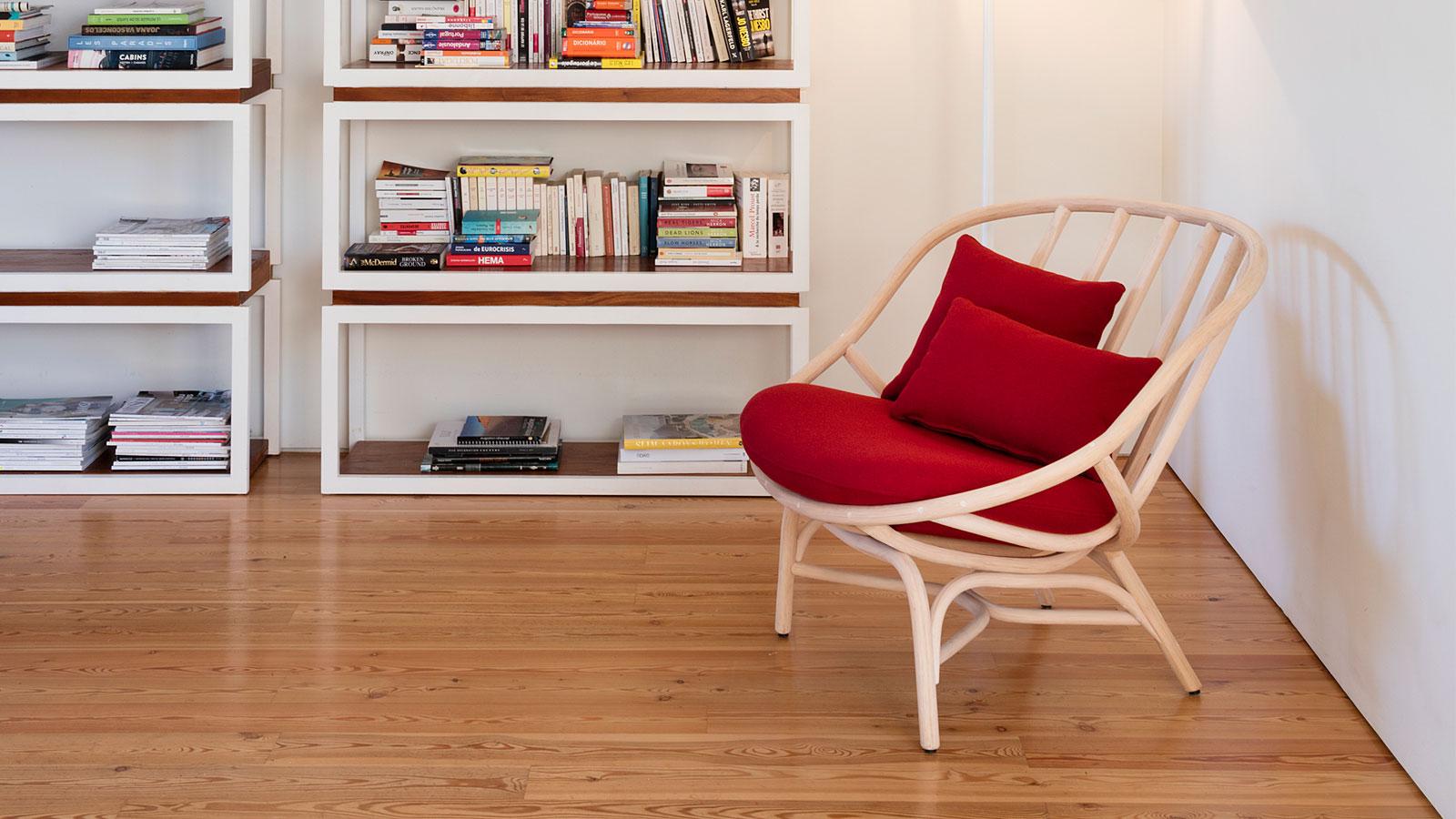 Empormim Armadillo Chair