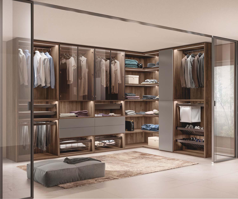 Scavolini closet, full view