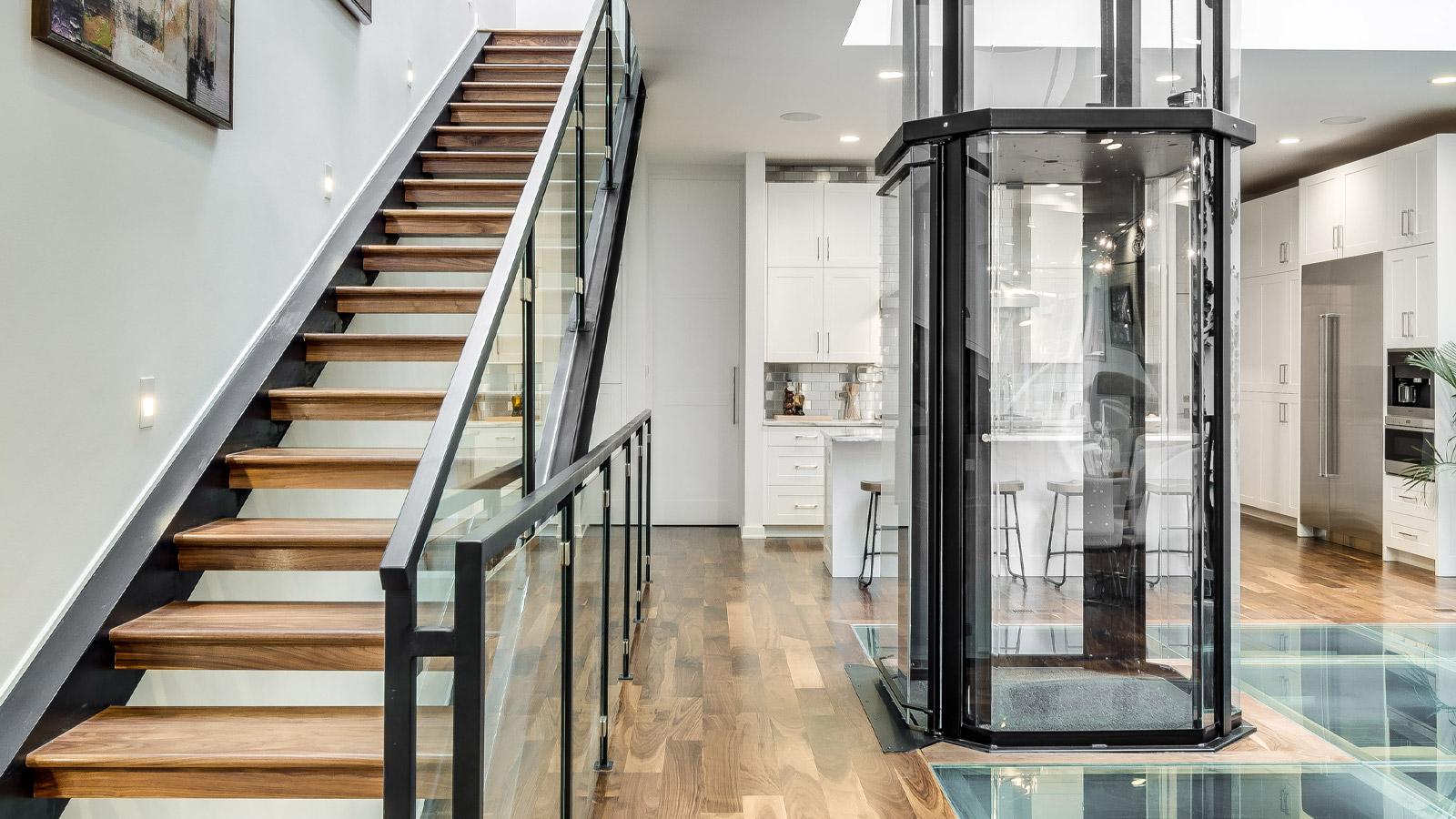 Vuelift Elevator by Savaria, octagonal profile