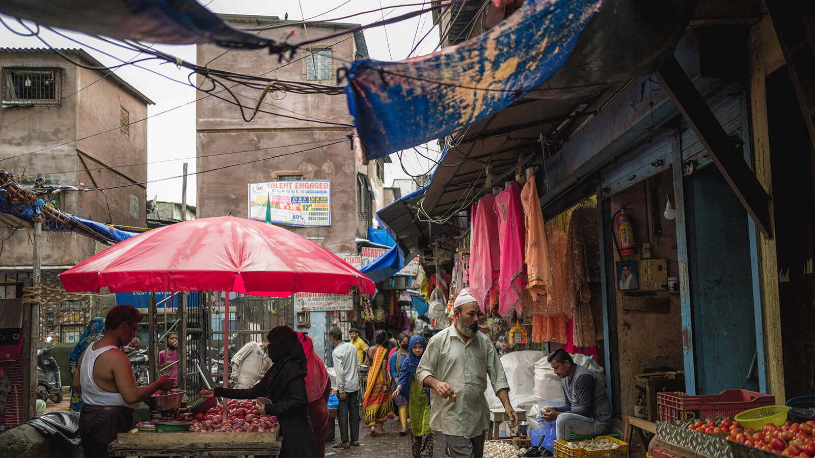 The bustling market street- a regular day in the gully.