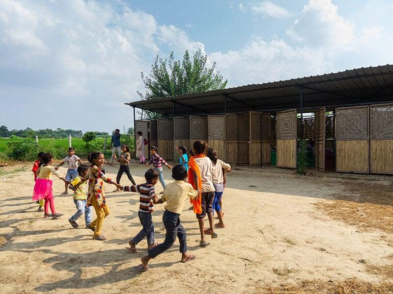 Children playing outside ModSkool, India, finalist of 2016 Global Challenge